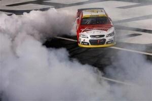 charlotte_nscs_race_burnout