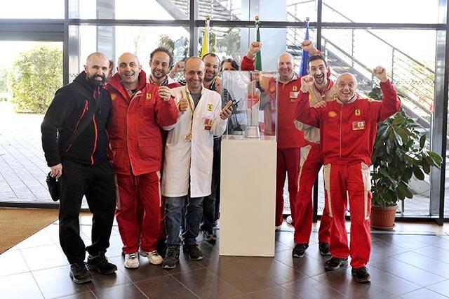 Ferrari, pranzo in mensa col trofeo di Sepang
