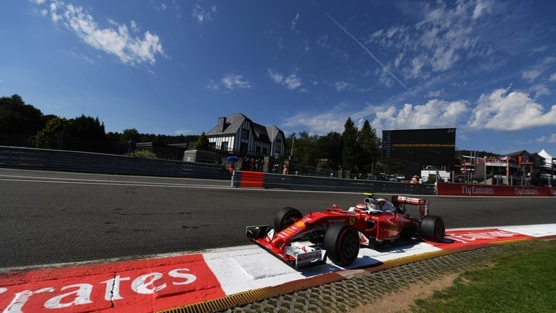 Formula 1 Spa, Rosberg in pole davanti a Verstappen e alle Ferrari