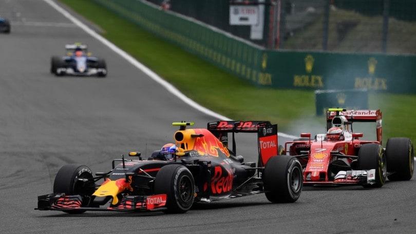 """F1 Spa, Verstappen """"Sono una vittima"""", Raikkonen """"Non si guida così"""""""