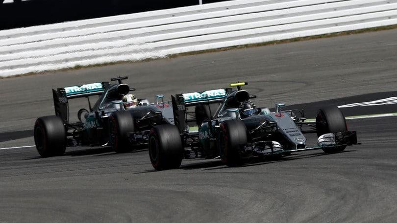 Formula Uno: Hamilton in pole a Monza