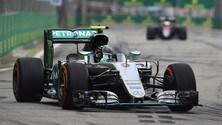 F1 Singapore: Rosberg precede Verstappen e Raikkonen in FP3