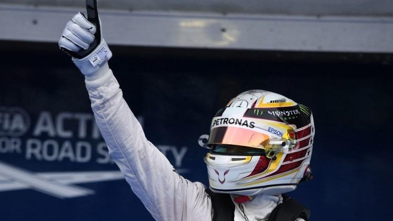 Formula 1 Malesia, pole da record per Hamilton: foto
