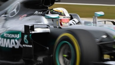 F1 Malesia: pole record per Hamilton, Ferrari dietro alle Red Bull