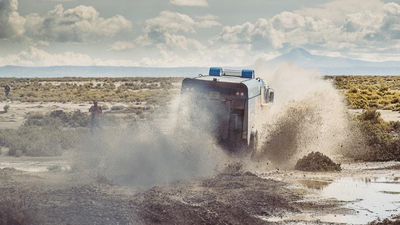 Dakar: 11/a tappa a Goncalves e Loeb