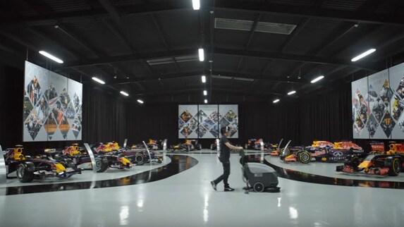 Red Bull si prepara al lancio della RB13