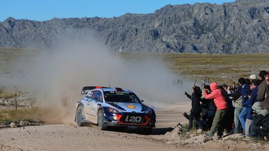 WRC, Neuville strappa la vittoria a Evans in Argentina
