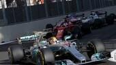 """Formula 1 Baku, la rabbia di Vettel e Arrivabene: """"Siamo in F1 o al Colosseo?"""""""