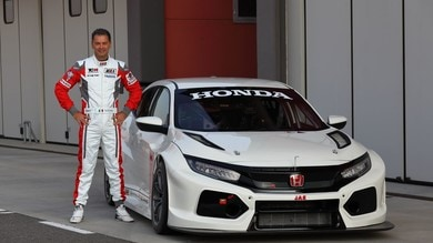 Honda Civic Type-R TCR, primi test in ottica 2018