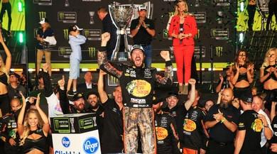 Nascar, ha vinto il migliore: Truex Jr. campione 2017