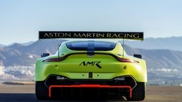 Nuova Aston Martin Vantage GTE 2018: foto