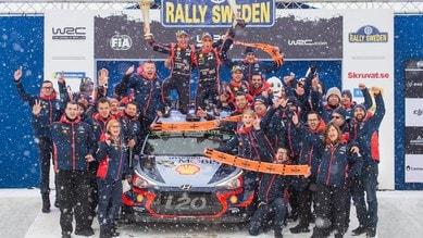 Rally di Svezia, Neuville vince la sfida tra i ghiacci