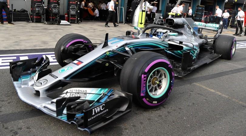 Venerdì nero per Hamilton: indietro in classifica e pure penalizzato