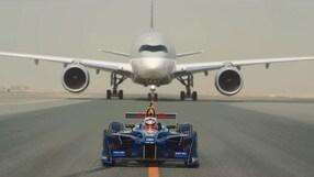 Formula E, sfida impossibile con gli aerei