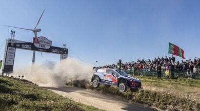 Rally del Portogallo, Neuville controlla e vince