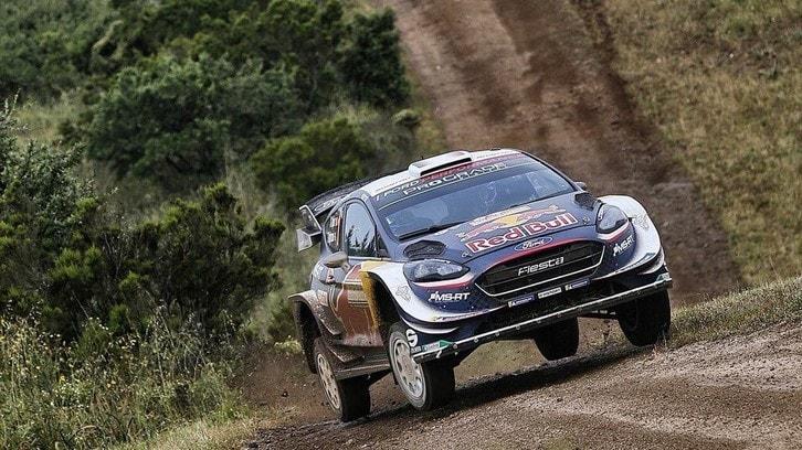Rally Sardegna, Ogier vince la prima sotto la pioggia