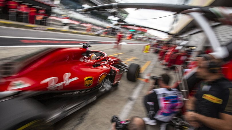 Formula 1, Gran Premio d'Austria: Verstappen precede le due Ferrari. Hamilton fuori