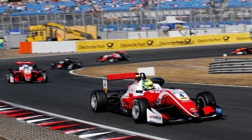 Si rinnova il mito degli Schumacher: a Spa la storia si ripete