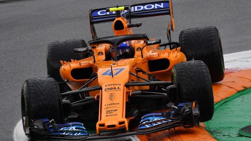 F1, McLaren saluta Vandoorne. Dal 2019 Norris farà coppia con Sainz