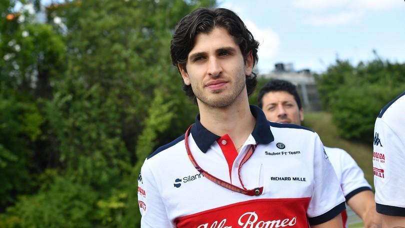 Antonio Giovinazzi con il Team Alfa Romeo Sauber F1