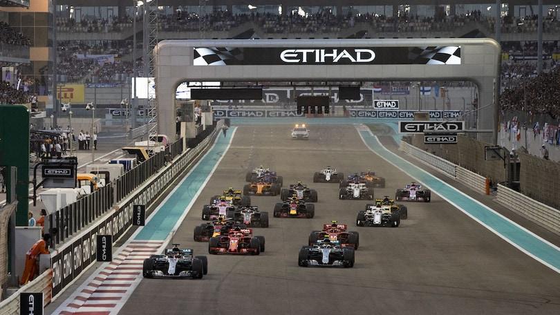 Calendario Formula1.F1 Il Consiglio Mondiale Ratifica Il Calendario 2019 Incrementa Il