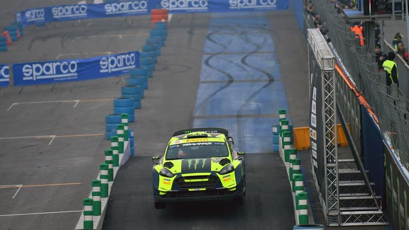 Monza Rally, Valentino Rossi ipoteca il successo
