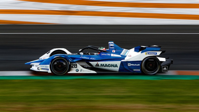 Formula E, BMW: smalto dei test da confermare a Riad