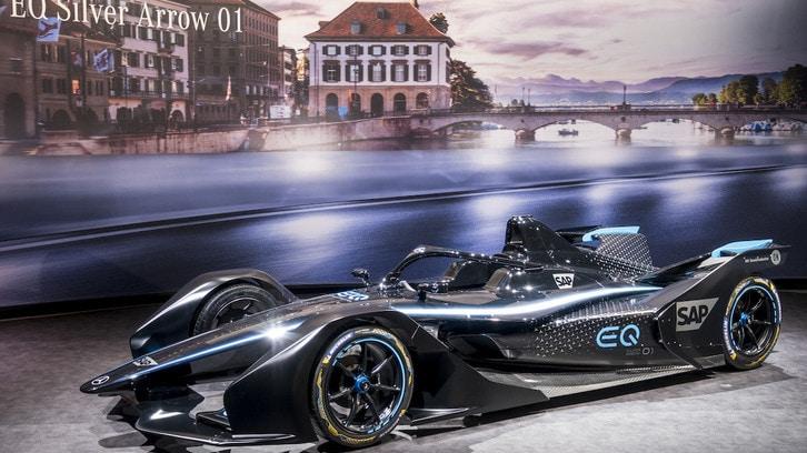 Formula E, Mercedes presenta la EQ Silver Arrow 01