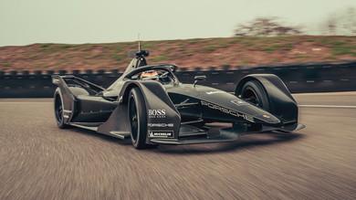 Formula E, Porsche scende in pista a Weissach