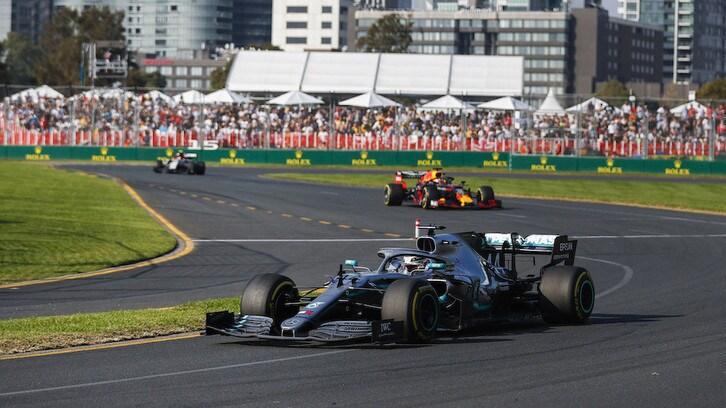 F1, Verstappen: 'DRS effetto maxi, difficile il sorpasso'