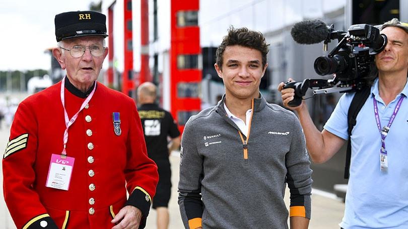Norris danneggia una McLaren, il team: