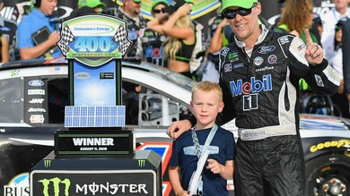 Nascar: in Michigan Harvick mette la seconda