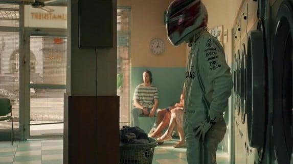 Formula 1: Mercedes inganna l'attesa nella pausa estiva VIDEO