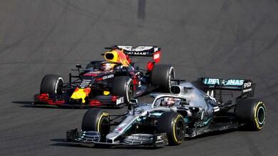 Hamilton, Mercedes 8 GP imperfetti