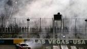 Nascar: a Las Vegas Martin Truex rimonta e passa il turno