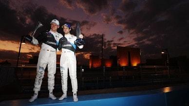 Formula E, gara-2 ePrix Diriyah: Sims emerge dal caos, doppietta BMW all'arrivo