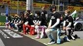 GP Austria, piloti F1 contro il razzismo FOTO
