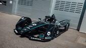 Formula E, Mercedes veste di nero le Silver Arrow 01 contro il razzismo
