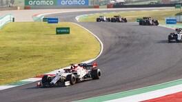 GP Toscana, Raikkonen a punti con un'Alfa danneggiata