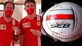 GP Abu Dhabi, Leclerc col casco dedicato a Vettel: