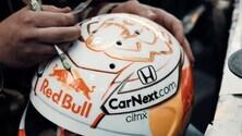 Red Bull, Max Verstappen col nuovo casco per la F1 2021