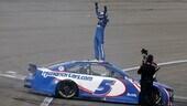 Nascar: Larson torna alla vittoria a Las Vegas