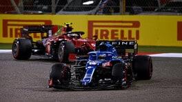 GP Bahrain, Alonso costretto al ritiro dall'involucro di un panino
