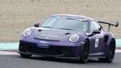Porsche Club GT, scintille sul bagnato nel primo ciak al Mugello
