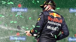 """Verstappen: """"Giro veloce cancellato? Tutto strano, dai track limits alla macchina"""""""