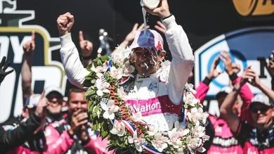 Indy 500, Castroneves nella leggenda a 46 anni