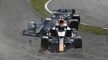 GP Italia, incidente da brividi tra Hamilton e Verstappen