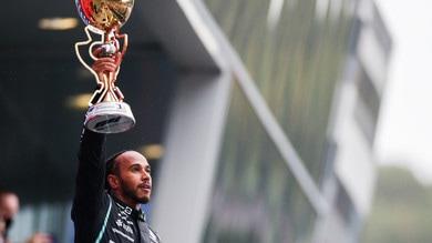 """Hamilton e la vittoria record numero 100: """"Pensavo di non riuscirci più"""""""
