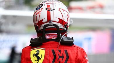 """Leclerc sull'orlo delle lacrime: """"Contento per la Ferrari e Sainz, ma questo 15° posto..."""""""
